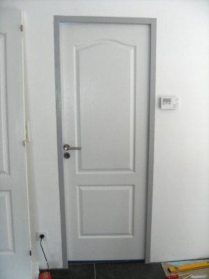 Portes d 39 int rieur construction maison moderne - Encadrement de porte interieur ...
