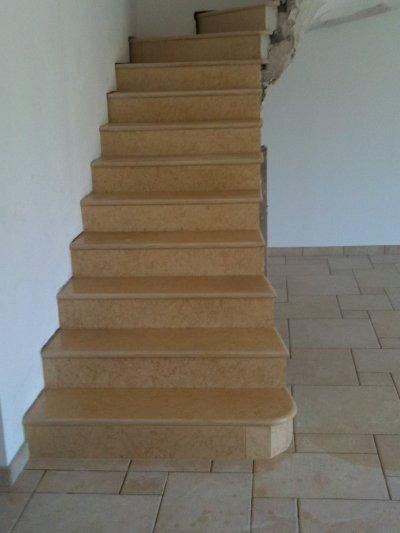 realisation d un escalier marbre blog de carrelage. Black Bedroom Furniture Sets. Home Design Ideas