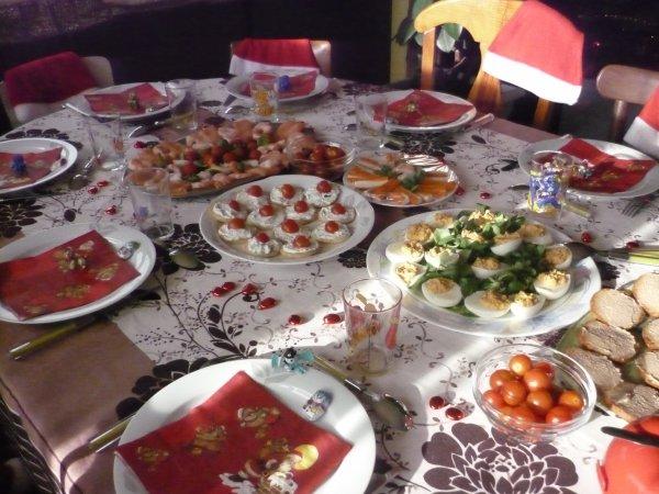Table du repas de no l avec mes enfants sans les for Table de repas avec rallonge