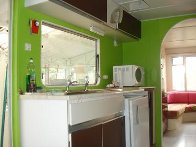 La cuisine vive les vacances for Meuble cuisine vert anis