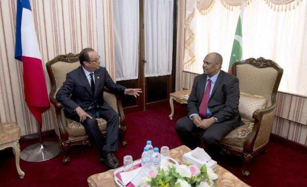 Le pr�sident comorien appelle Hollande � r�gler le diff�rend sur Mayotte