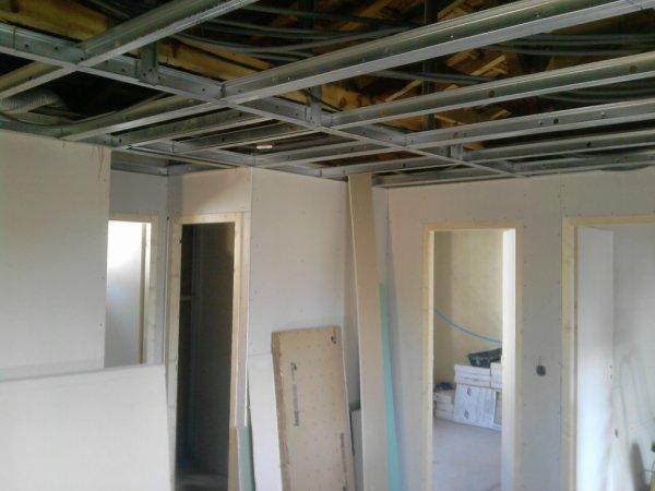 faux plafond et cloisons ba13 jp services. Black Bedroom Furniture Sets. Home Design Ideas