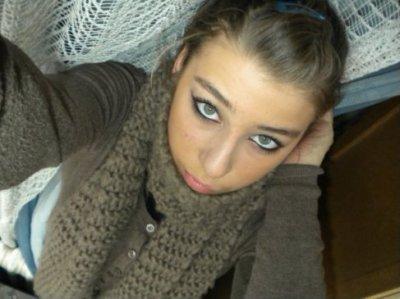 Yeux bleu et belle fille turkish - Fille yeux bleu ...