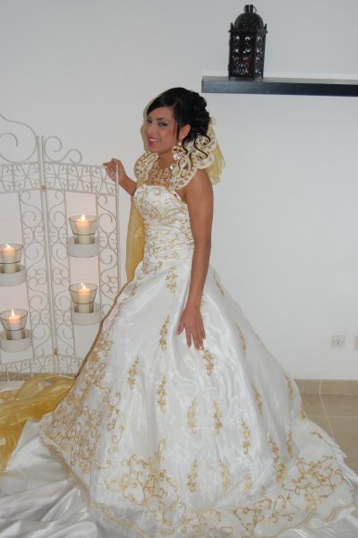 robe princesse doré blanc