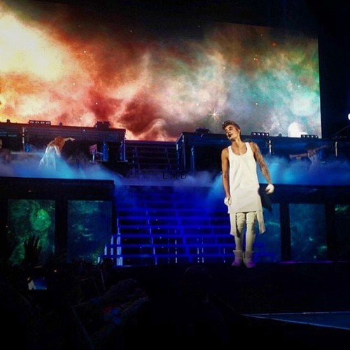 Photos de Justin (suite) + Photos et vid�o post�es sur Instagram