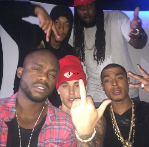 Photos et vid�os de Justin (suite) + Photo et vid�os post�es sur Instagram