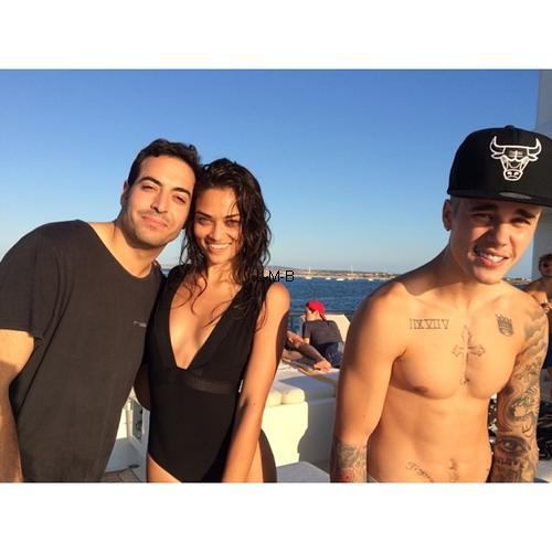 Photos de Justin + Photos post�es sur Instagram et Shots of me
