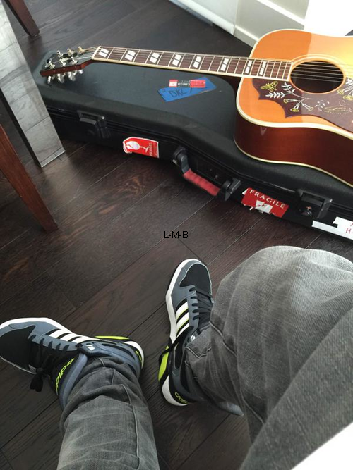 Photos et vid�o de Justin (suite) + Photos post�es sur Instagram