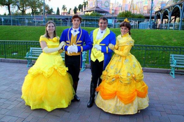 Disneyland halloween decorations - Disneyland 7 Octobre 2011 Costumes Belle Et Adam Le Monde