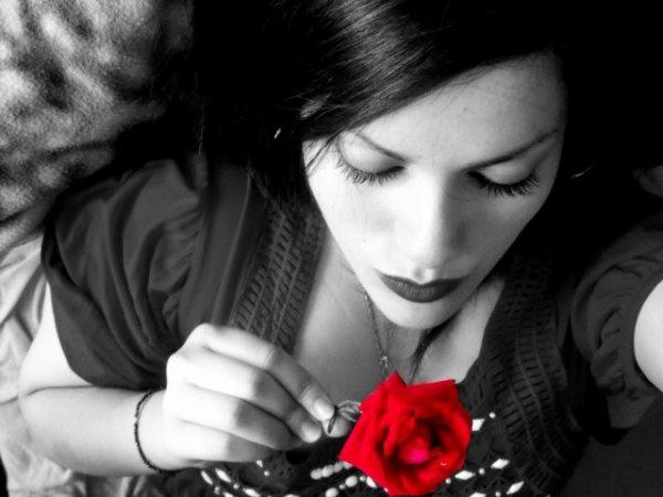Blog de black n white biloute un monde en noir et blanc for Tableau noir et blanc avec touche de couleur