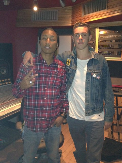 Pharrell en studio avec Sammy Adams - 20 janvier 2012