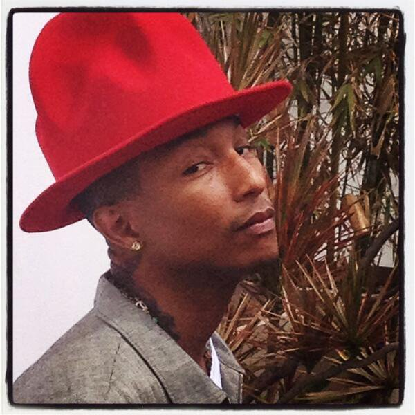 Pharrell - Shoot pour ELLE UK - 17 avril 2014