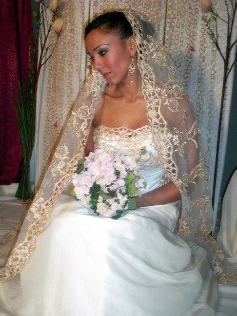 Robe mariage arabe bleu