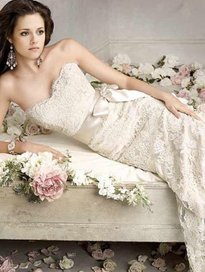 Bella Swan Cullen en robe de mariée el é trooo magnifique - Twilight