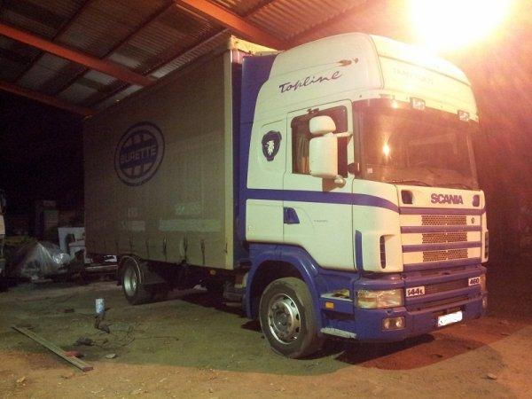 Scania 144 suite