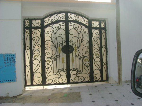 Portes fer forge avec plastiglas transparent blog de fitoart for Porte coulissante en fer forge tunisie