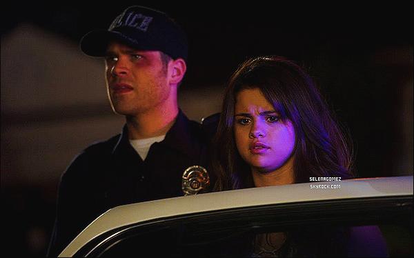 D�couvrez enfin un nouveau still de - Selena Gomez pour le film Behaving Badly.