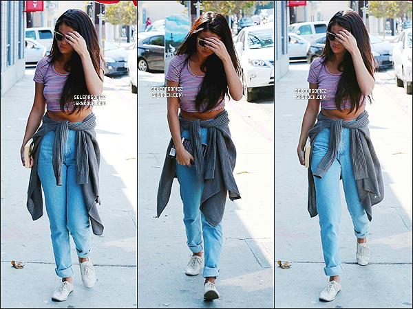 # 12/09/14 - Selena Gomez a �t� vue allant � un cours de com�die � Los Angeles.  #