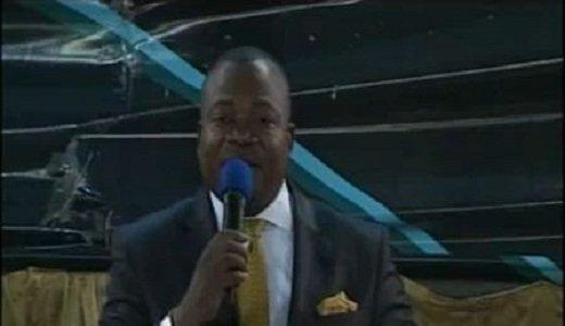 Past kankienza dit non � la politique dans les �glises