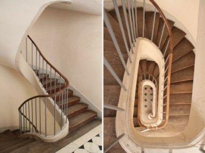 Rez de chaussée - Aile centrale - Escalier - 82b Escalier d'Epermon