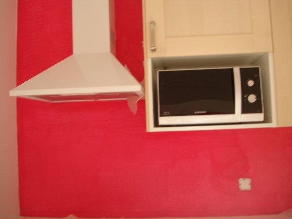 Mon mur de cuisine couleur framboise ma petite vie pour 2009 - Mur couleur framboise ...