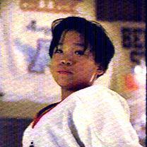 Jouée par : <b>Justin Wong</b> Signe particulier Kenny : Il faisait du patinage <b>...</b> - 575952918