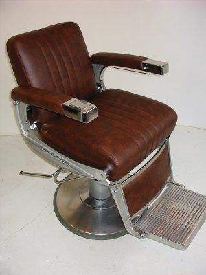 r fection compl te d 39 un si ge de barbier en simili cuir assela sellerie. Black Bedroom Furniture Sets. Home Design Ideas