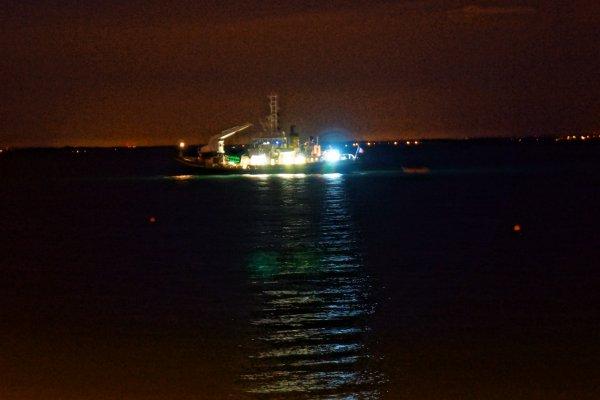 Charles Babin des phares et balises devant Port Haliguen