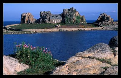 Plougrescant 7 km du g te photos des environs de notre g te 3 pis port - Maison entre deux rochers ...