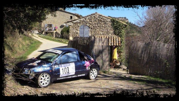 Rallye de Vaison 2014 - Sortie de route/Clio Williams