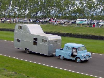 une belle caravane a deux tages caravane ancienne de collection henon notin. Black Bedroom Furniture Sets. Home Design Ideas
