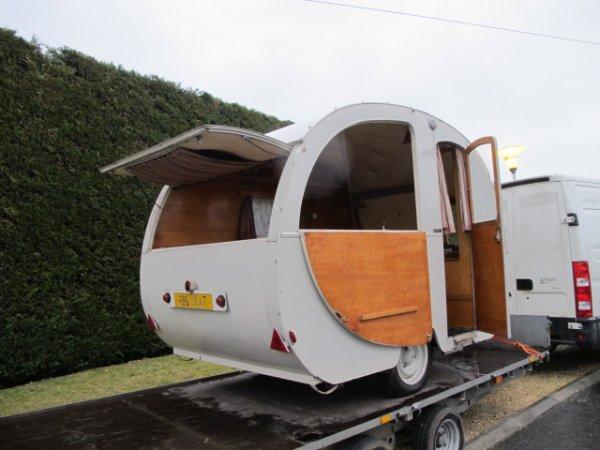 caravane bretecher miami caravane ancienne de collection henon notin. Black Bedroom Furniture Sets. Home Design Ideas