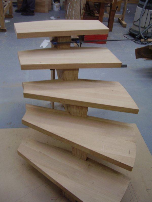 escalier 5 marches en lamell coll ch ne suite blog de formationbois. Black Bedroom Furniture Sets. Home Design Ideas
