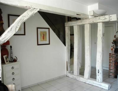 Poutres en ch ne apr s amphora artisan meubles peints relooking - Poutre peinte en blanc ...