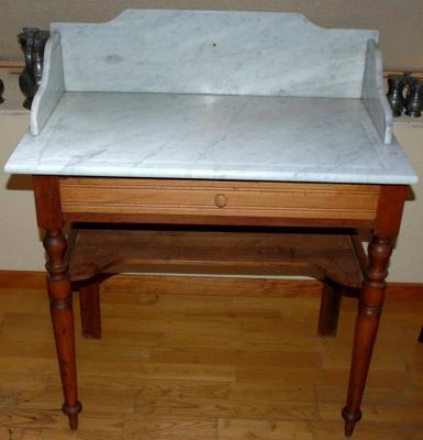 table de toilette dessus marbre avant amphora artisan meubles peints relooking. Black Bedroom Furniture Sets. Home Design Ideas