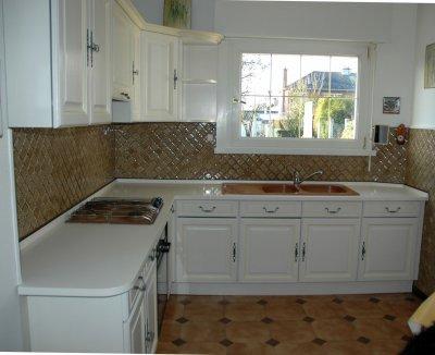 Cuisine quip e relook e amphora artisan meubles peints for Cuisine equipee blanche