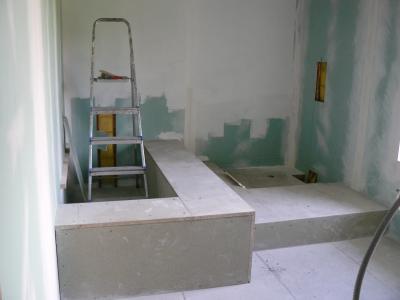 La salle de bain avance tranquillement k vin a fini l - Panneau douche castorama ...