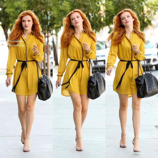 Bella se rendant � un rendez-vous d'affaire � Santa Monica le 19 ao�t 2014.