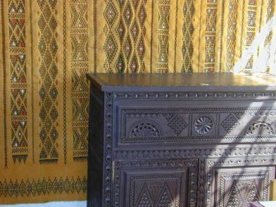 meuble berbere algeria. Black Bedroom Furniture Sets. Home Design Ideas