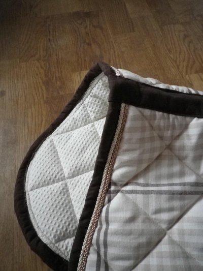 tapis blanc et beige blog de laboite atapis. Black Bedroom Furniture Sets. Home Design Ideas
