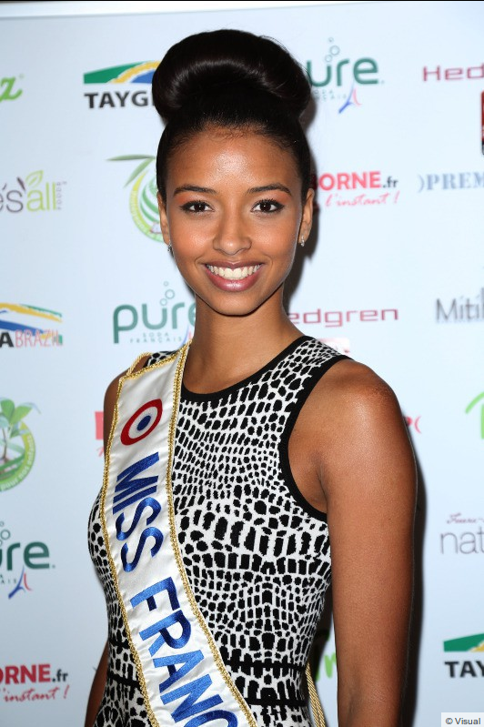 Flora Coquerel - Mituhe Party
