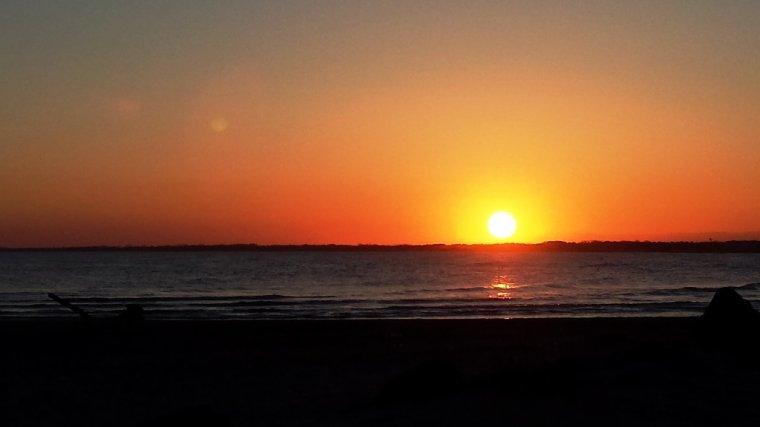 L 39 horizon perte de vue pour un jour une nuit une vie on a jet l 39 encre ici pour quelques - A quel heure le soleil se couche ...