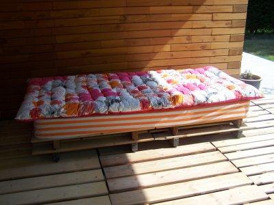 la r cup 39 ne s 39 arr te pas l fabrication d 39 un canap de terrasse en images maison en bois. Black Bedroom Furniture Sets. Home Design Ideas