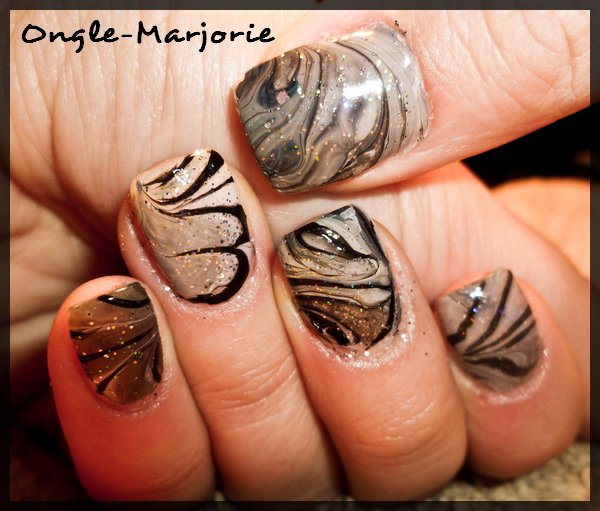 Ongles en gel * Water marble black, grey and silvery glitter *