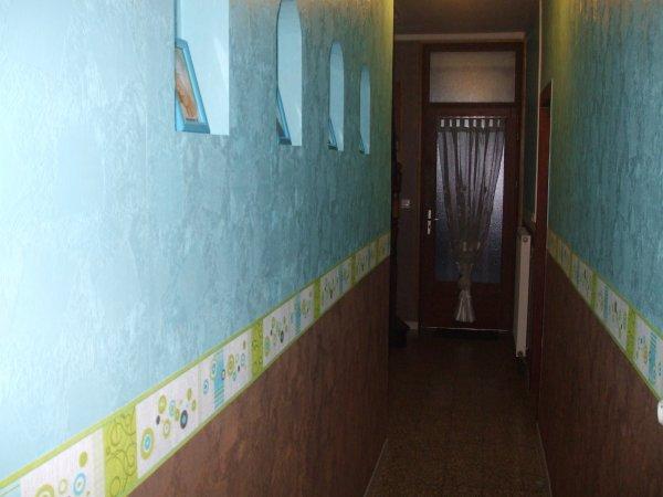 La nouvelle couleur de mon couloir turquoise chocolat for Couloir turquoise
