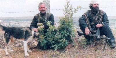 Masakrat serbe në Kosovë 275986341_small