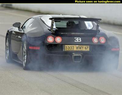 la plus belle voiture sport au monde lhma9e hwa lwle. Black Bedroom Furniture Sets. Home Design Ideas