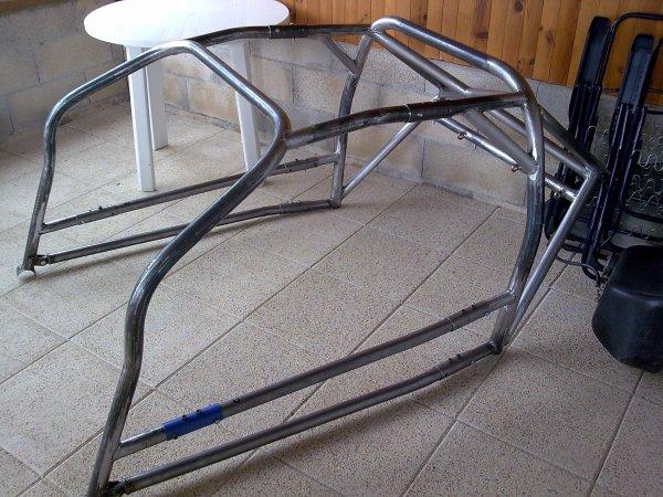 arceau avant montage final dans l 39 auto a310 v6 groupe 5 calberson. Black Bedroom Furniture Sets. Home Design Ideas