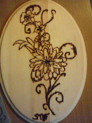 pyrogravure d 39 une fleur dessin d artiste. Black Bedroom Furniture Sets. Home Design Ideas