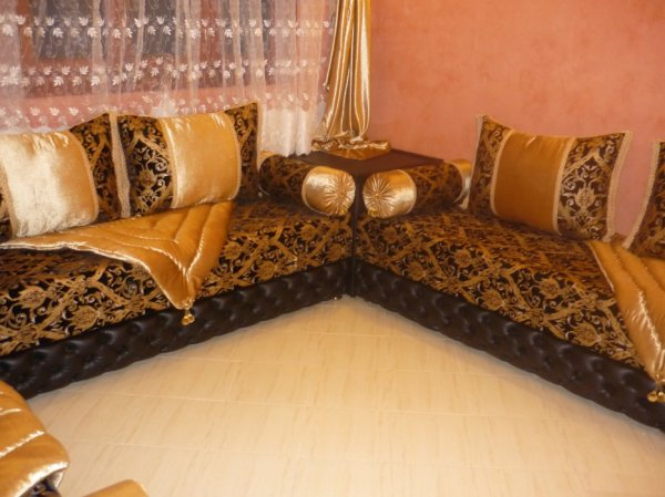 salon marocain tapissier s19 salons marocains 2013 2014 salon marocain. Black Bedroom Furniture Sets. Home Design Ideas